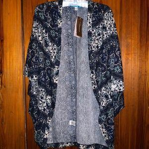 NWT Francesca's buttons oversize shrug shawl sz S